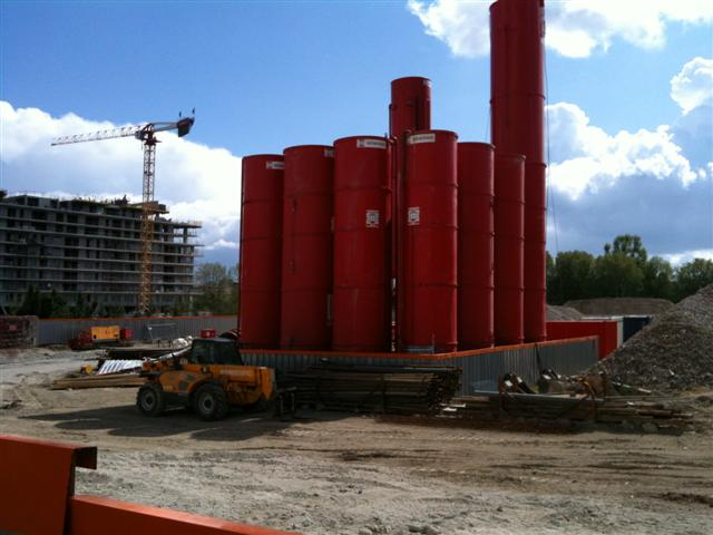 Futurs voisins Red-containers1